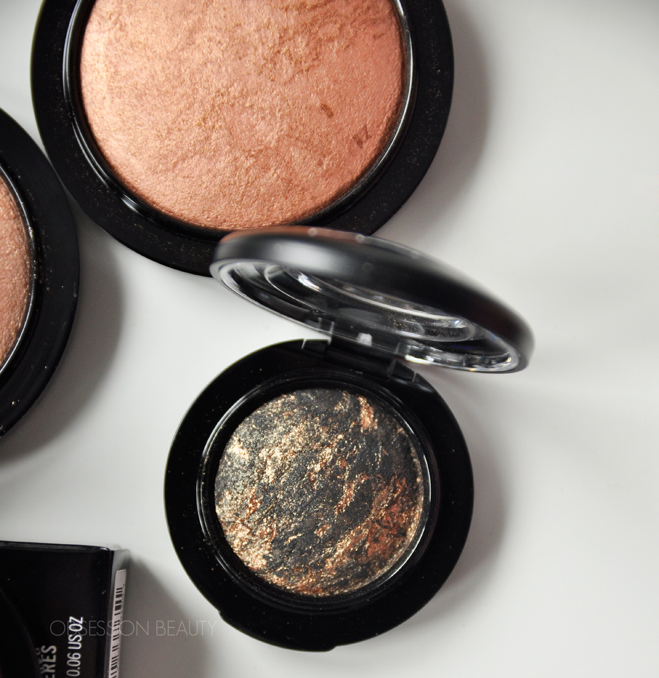 MAC-Cheeky-Bronze-Mineralize-Skinfinish6