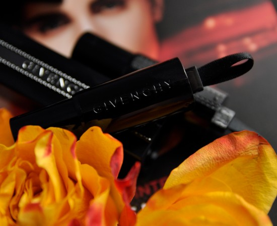 Givenchy-Rouge-Interdit1