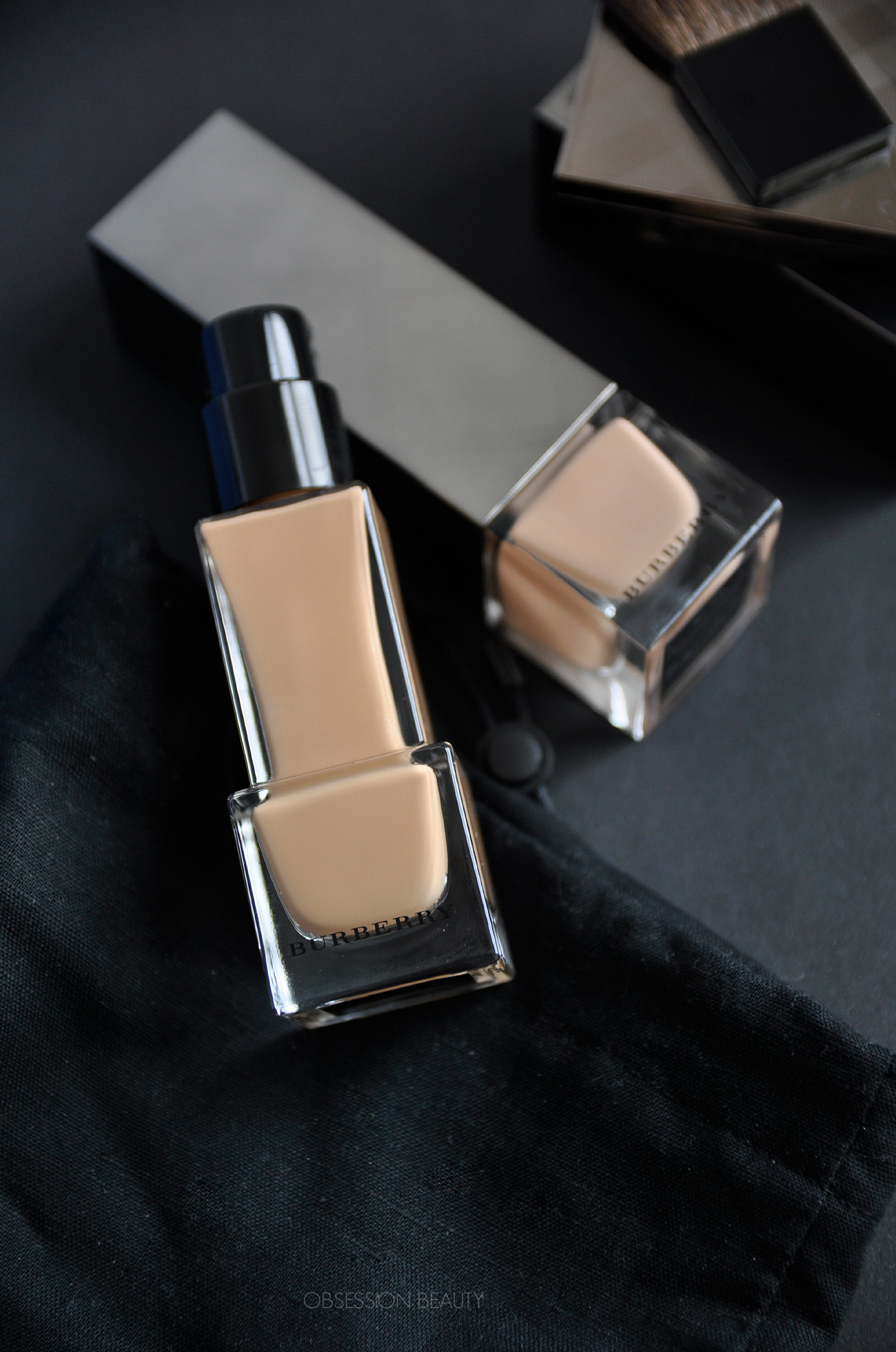 Fresh-Glow-Fluid-Foundation4